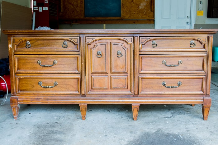 picture of an older wood dresser