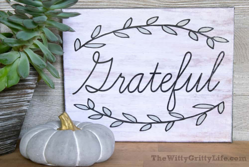 "diy wall sign with quote ""grateful"""