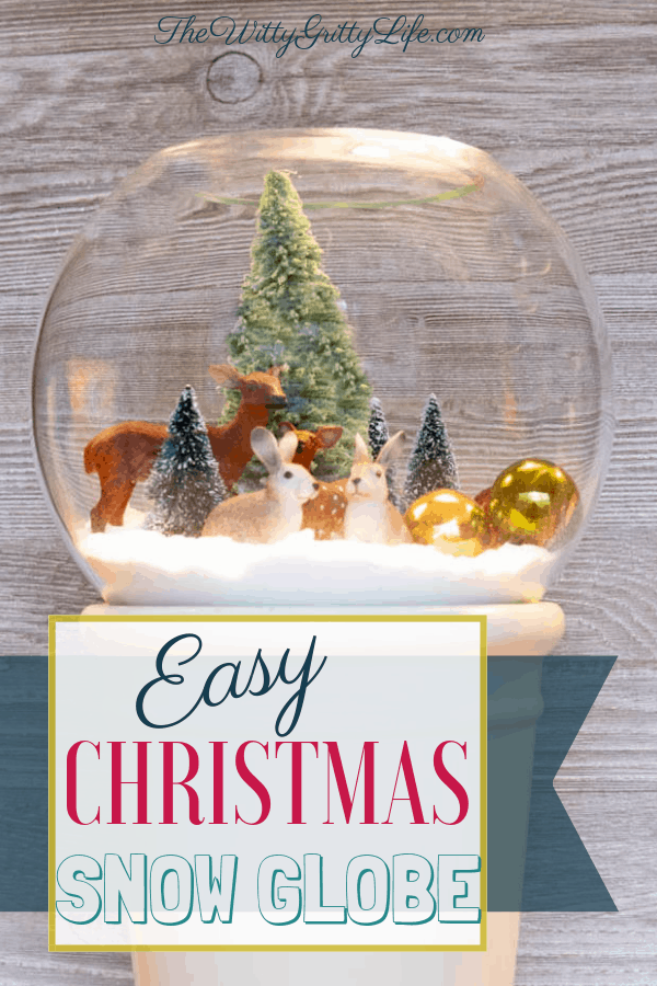 Let me show you how you can create your very own Winter Scenes in this fun little project that you can easily put together for the Holidays! This is so easy to do, it's perfect for kids and grownups alike.