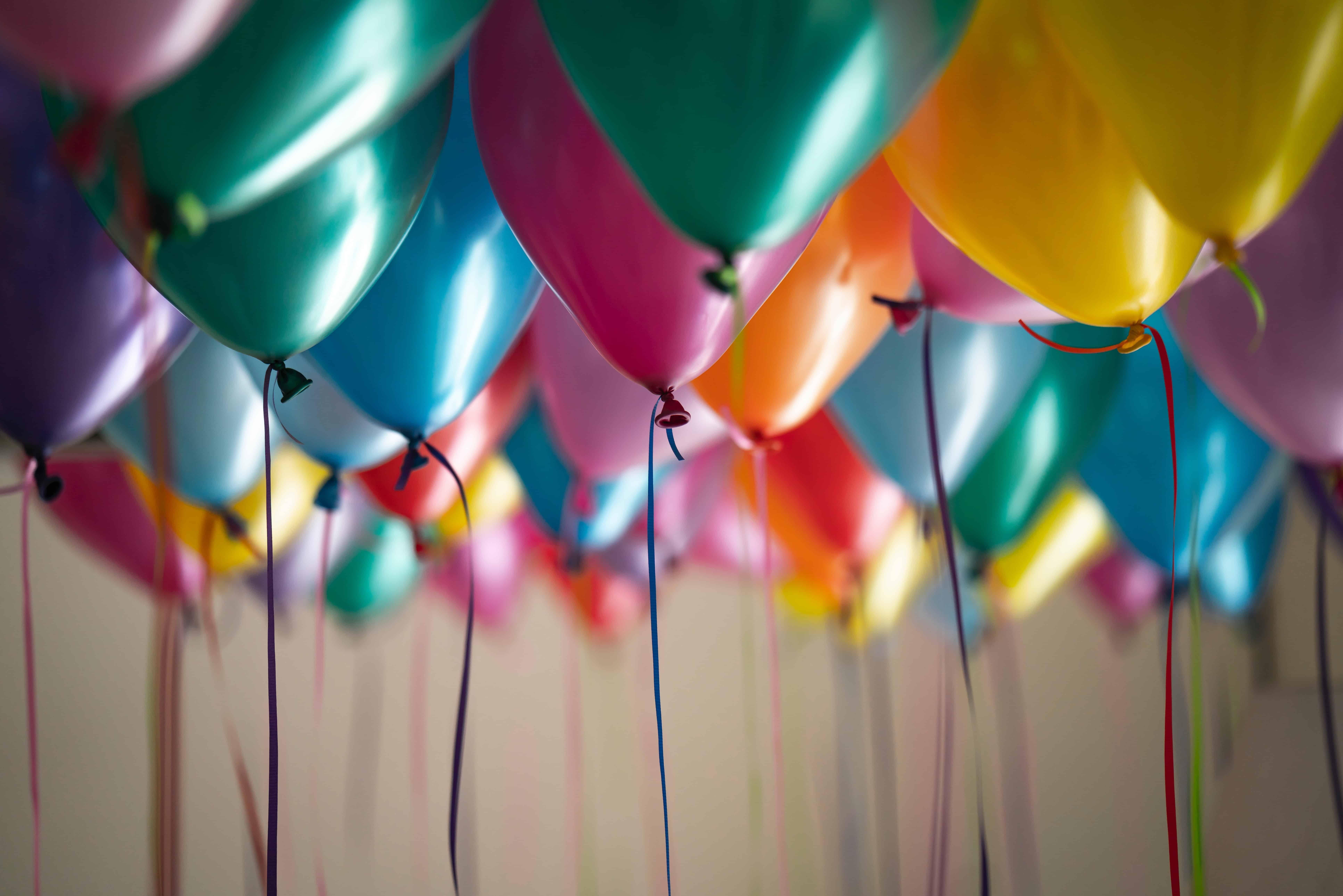 multicolor balloons