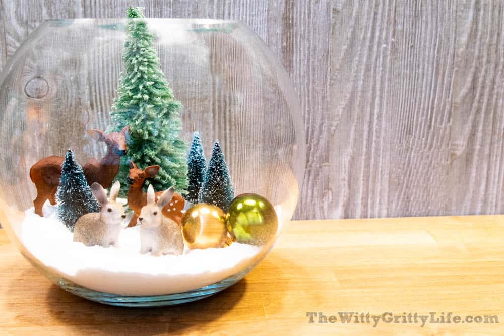 finished easy christmas snow globe