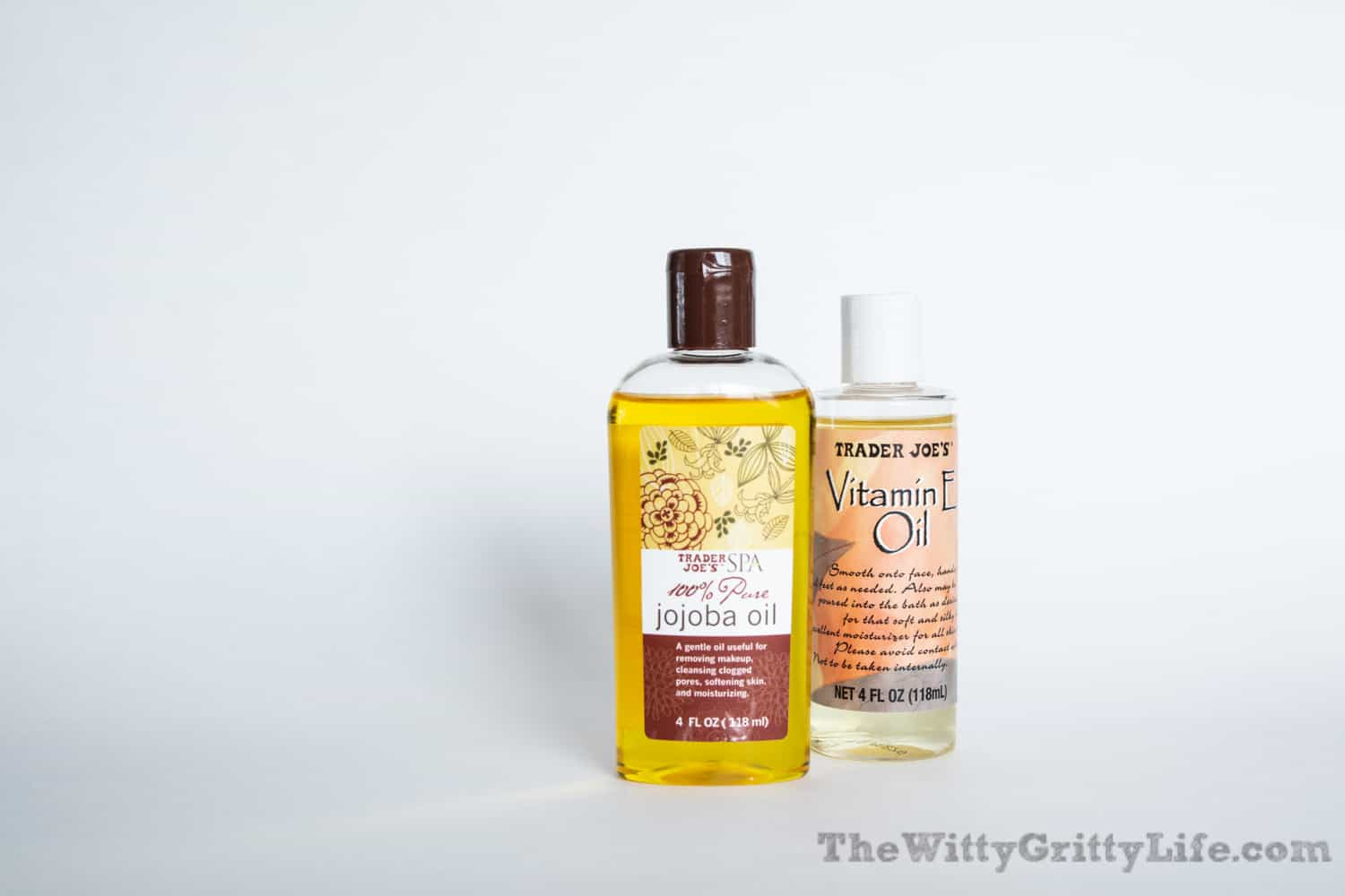 jojoba and vitamin E oils used to make your own hand sanitizer without alcohol