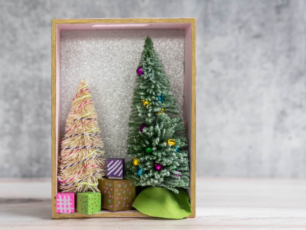 vertical christmas shadow box